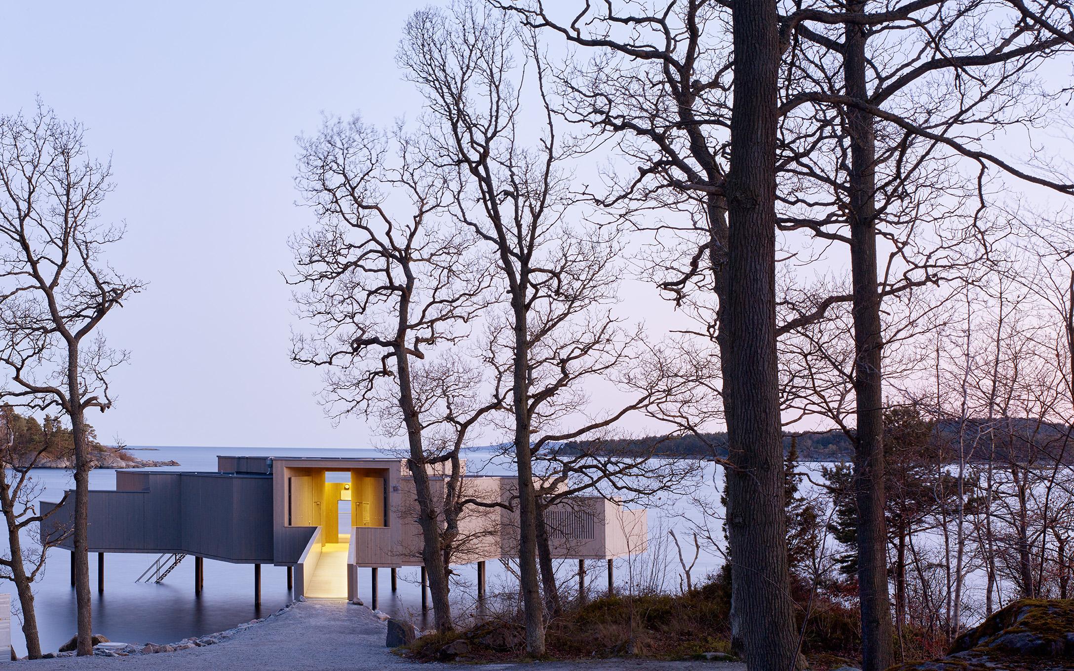 Karlshamns kallbadhus ritat av White